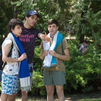 Pablo Bravo, Fabrizio Santana y Diego Rey durante el rodaje de Lo triste que hay en sus ojos